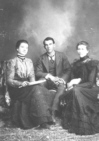 LC Roberts with wife and sister